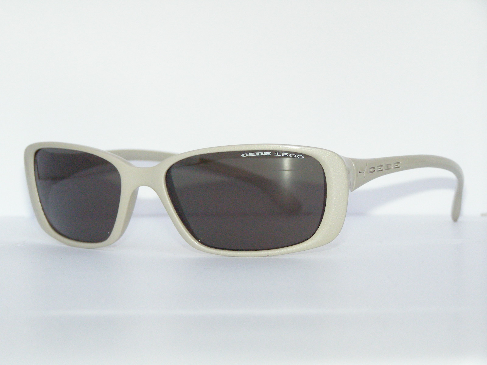 CéBé 6927-0665-G2 női napszemüveg