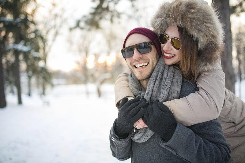 Napszemüveg hordása télen
